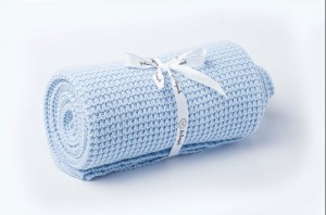 Knitted cotton blanket - baby blue