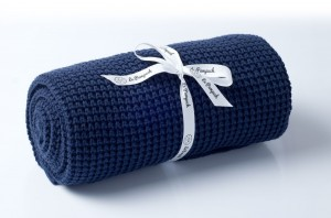 Knitted cotton blanket - navy blue