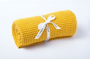 Knitted cotton blanket - honey